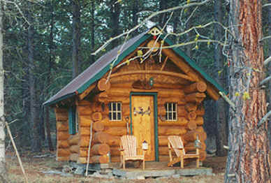Original Log Cabin, cozy comfort cabins on the river in the forest at Gathering Light ... a retreat for nature lovers, a retreat for writers and artists, for lovers and honeymooners and a peaceful, personal spiritual retreat. Offering private, studio cabins, treehouses, vacation rentals, group and family lodging, the retreat is located in southern oregon near crater lake national park.